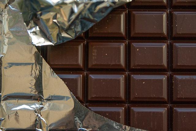 rozbalená čokoláda
