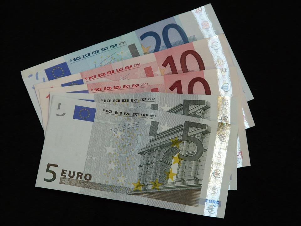 malé bankovky
