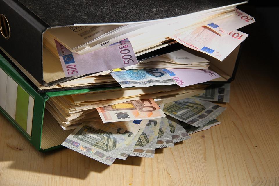 rozházené peníze